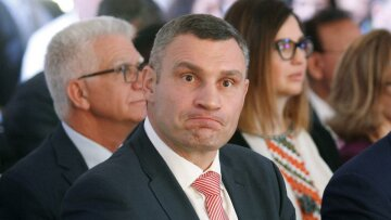 """Балашов пояснив, чому Зеленському небезпечно зволікати з відставкою Кличка: """"розбігаються, як таргани"""""""