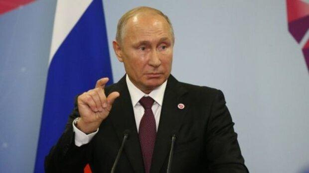 Путін офіційно став обличчям контрацептивів: кадри світового визнання