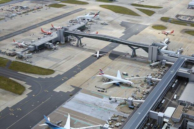 аэропорт,