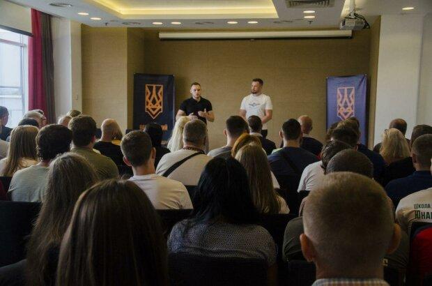"""Лідер Нацкорпусу Білецьций попередив про нову хвилю діяльності антиукраїнських сил: """"Наша задача - не допустити реваншу"""""""
