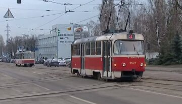 ЧП на дороге в Киеве: движение трамваев заблокировано, что произошло