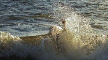 Море-океан-человек-тонуть-вода-пляж