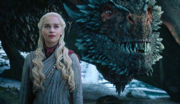 емілія кларк, мати драконів, гра престолів, дракон, дайнерис