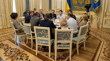 Ряд иностранных СМИ раскритиковали украинскую власть за введение санкций против СМИ