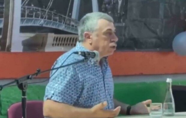"""Комаровский прибыл в Харьков и """"обрадовал"""" горожан: """"Мы заболеем все"""""""