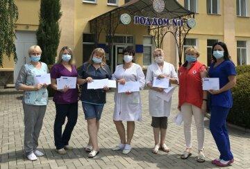 Медработники 21 опорной больницы получили наборы индивидуальной защиты