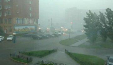 Стихія розбушується в Одесі: синоптики попередили, що принесе чорноморський циклон