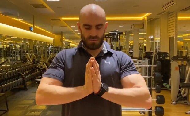 Как накачать грудь в домашних условиях: семь эффективных упражнений от тренера Насти Каменских