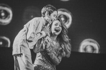 """Переможець """"Голосу країни"""" Сасанчин вразив усіх піснею для важко хворої мами: """"Сонечко, як ти подорослішав..."""""""