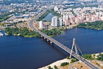 проспект бандеры московский
