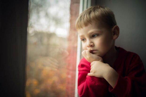 Українські діти почали відмовлятися від своїх батьків