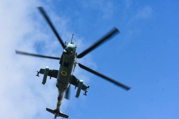 Перекидання військ ЗСУ до Угорщини: кордон перекрито, кружляють вертольоти, фото того, що відбувається