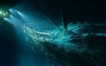 titanik_pod_vodoy