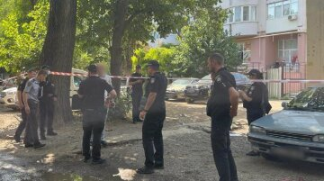 """В Одессе расстреляли человека, в городе введена спецоперация """"Сирена"""": кадры с места"""