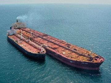 Біля берегів Індонезії знайшли зниклий нафтовий танкер