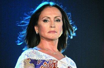 Софія Ротару запросила гонорар, який в Україні не змогли оплатити: «Найдорожча зірка»