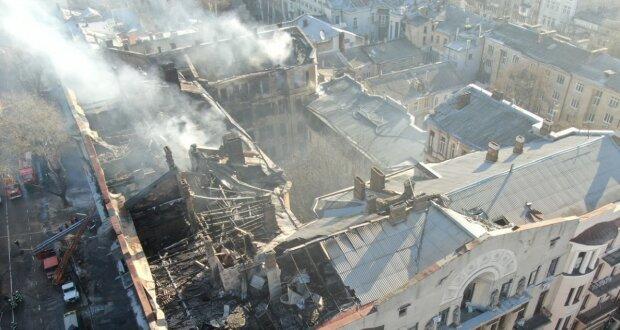 Пожар в одесском колледже: появились пугающие кадры с места трагедии