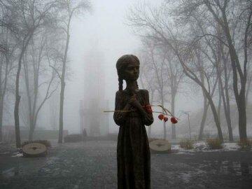 Імперська Росія намагається відновити контроль над Україною