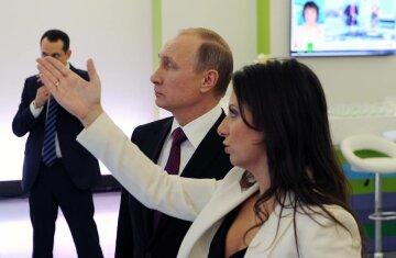 """Соцмережі висміяли конфуз прокремлівської """"патріотки"""" Трампа (фото)"""