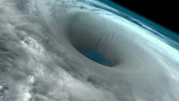 циклон, ураган