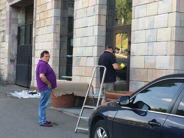 Что будет с бизнесменом, который приказал стереть граффити Майдана
