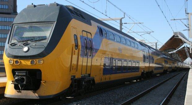 Нидерланды поезд