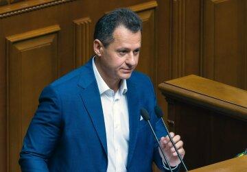 Тарас Батенко: власть давит на субъекты избирательного процесса в округе № 87