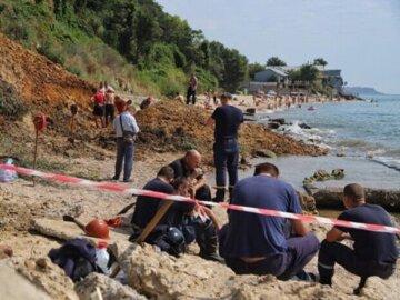 НП в курортній частині Одещини: знайдена 100-кілограмова бомба і не тільки, кадри з місця