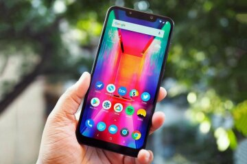Xiaomi-Pocophone-F1-41