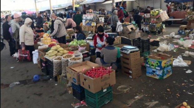 """У мережі показали, що відбувається на одеському ринку після штурму: """"режим супермаркету"""", фото"""