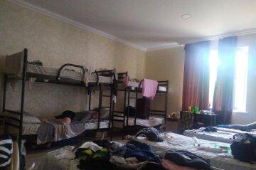 Відпочинок у дитячому таборі перетворився на випробування, кадри: під матрацами клопи, а дітей б'ють
