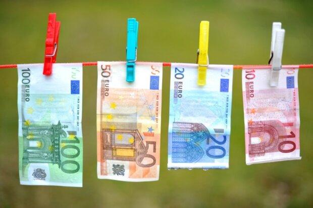 евро, курс валют на 12 мая