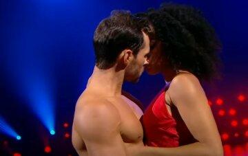 """Пристрасті на """"Танцях з зірками"""", що відбувається між Аделіною Делі і Мельником: """"Заліз у твоє сердечко"""""""