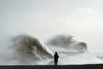 В Атлантике зарождается ураган «Отто»