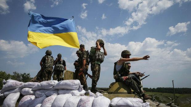 Ukrainian troops are pictured near the eastern Ukrainian town of Seversk