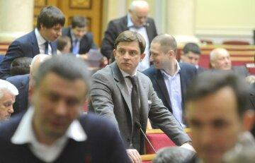 Довгий vs Луценко: чья правда сильнее