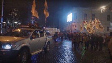 В «Нацкорпусе» прокомментировали обыски у членов Азовского движения: «Желание власти зачистить улицу»