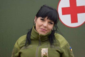 """""""Ни разу не пожалела"""": луганчанка оставила любимую работу, чтобы спасать защитников Украины"""