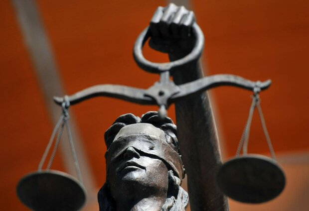 Обыск в Окружном суде Киева: первые подробности и фото