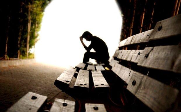 молитва, человек думает, человек тень