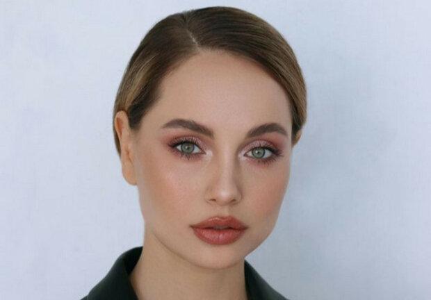 Украинская Анджелина Джоли «потеряла» самое ценное в неудачном корсете: красноречивые кадры