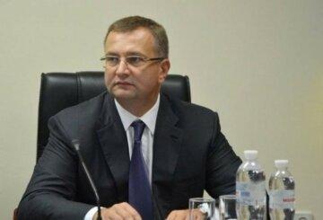 """Атаманюк раскритиковал социальную политику власти и назвал ее """"тарифным геноцидом"""""""
