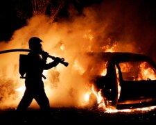 пожар авто взрыв