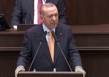 """Эрдоган отправляет миротворцев в Азербайджан, указ уже в парламенте: """"Что там Лавров кричал?"""""""