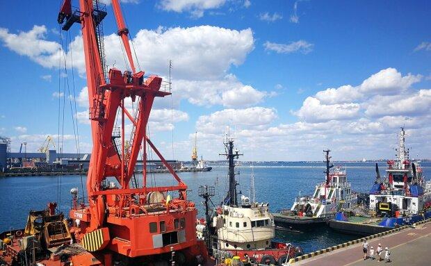 Снижение портовых сборов может стимулировать экономическое развитие во время пандемии