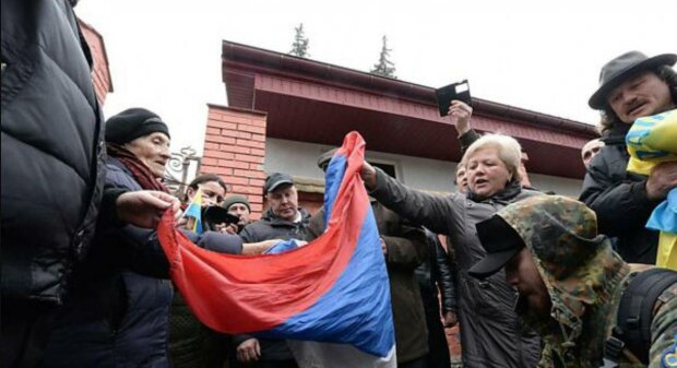 """Пропагандисты Кремля добрались до Львова, за что и поплатились: """"На фоне Путина..."""""""