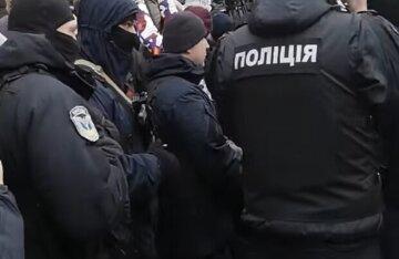 """Вооруженный до зубов подросток разгуливал под Одессой: """"Приобрел в интернете"""""""