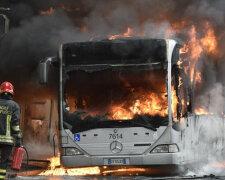 взрыв,автобус,