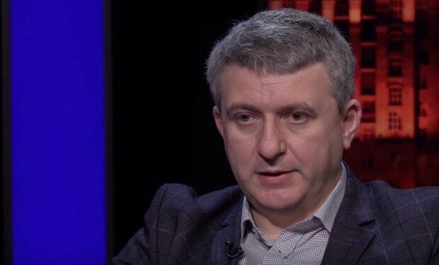 """Романенко розкрив справжню причину відставки Богдана і чого чекати від Єрмака: """"Настав час.."""""""