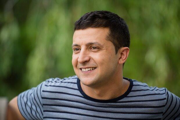 Известная певица рассказала, как целовалась с Зеленским: «Смогла полностью расслабиться»
